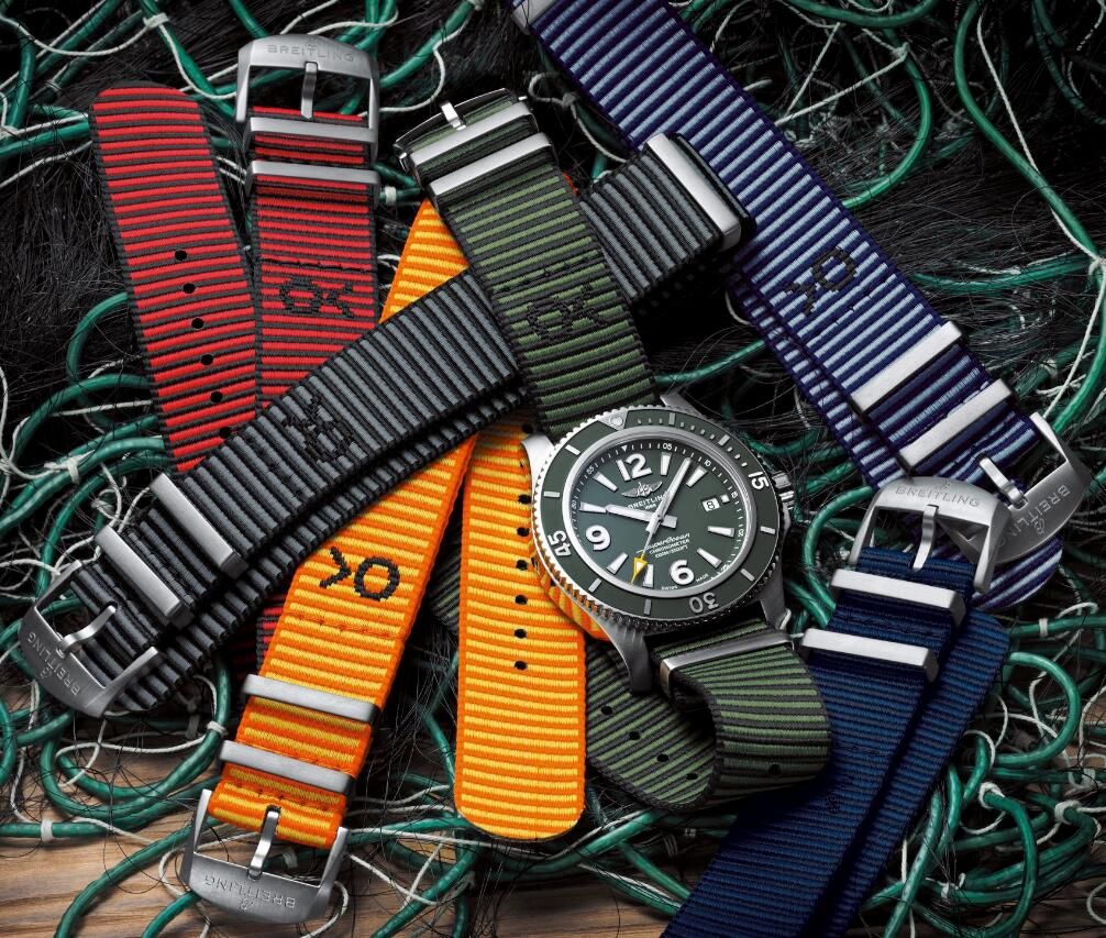 Swiss replication watches online have six colors for the straps.
