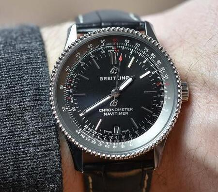 The 38 mm Navitimer is good choice for both men and women.