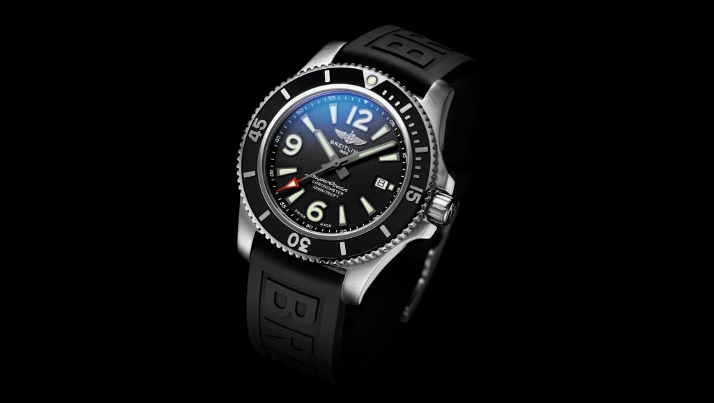 The new Breitling Superocean copy watch is good choice for men.