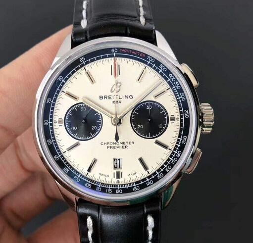 The black sub-dials are contrasted to the white dial of the best fake Breitling.