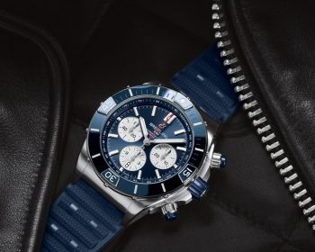 Blue color makes the top reproduction watches rather suitable for hot summer.